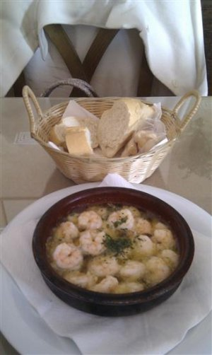 Sizzling garlic prawns